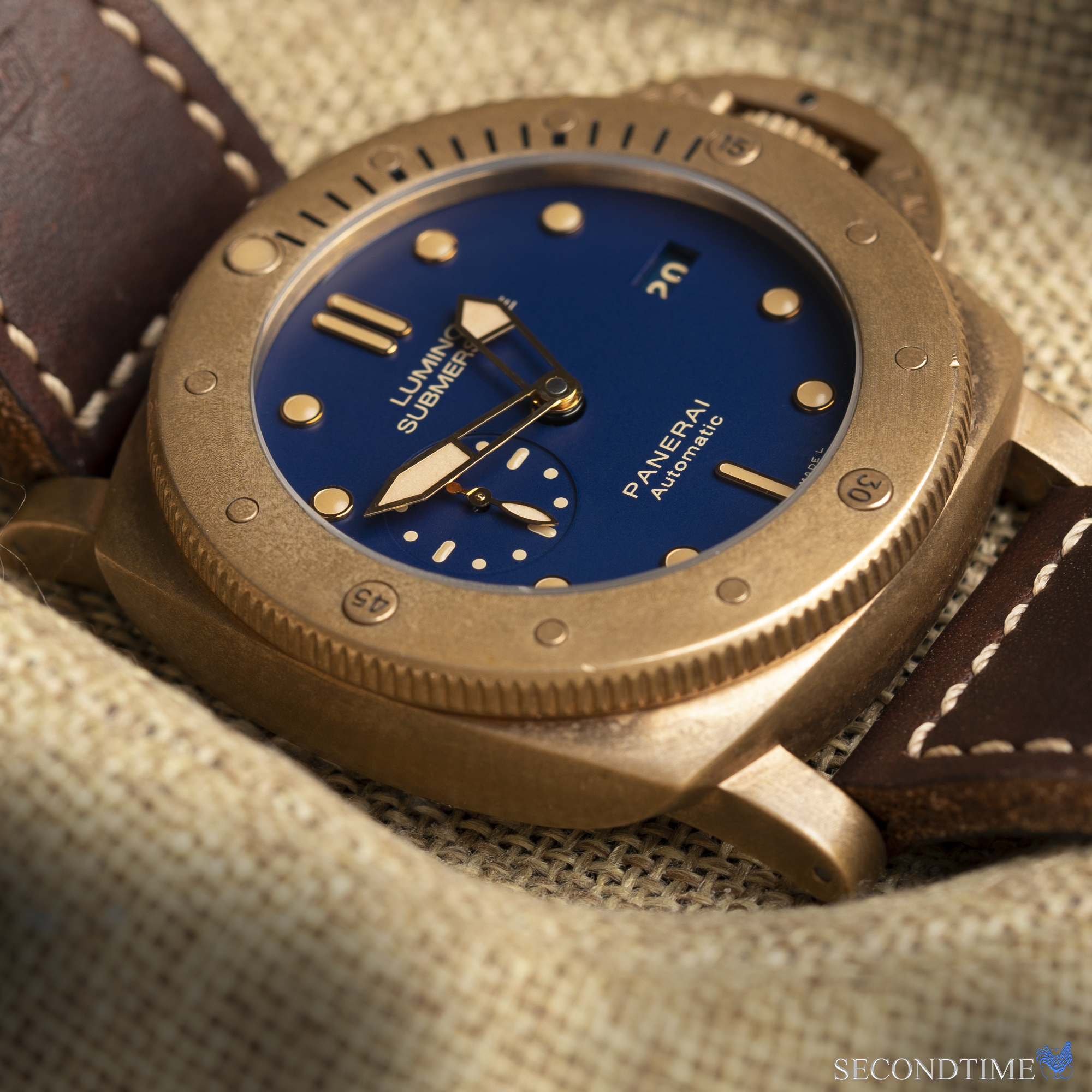 Luminor Submersible Bronzo with Blue Dial - PAM 671 (2017 Special Edition)